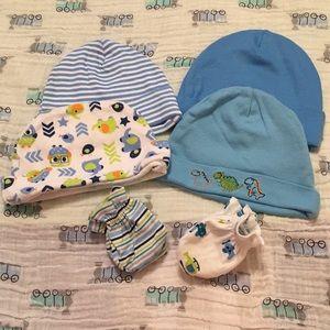 Other - 4 Newborn Beanie Hats, 2 Mittens